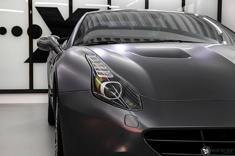 Ferrari California satin dark grey, Carwrapping door Wrapmyride.nu Foto-nr:13837, ©2021