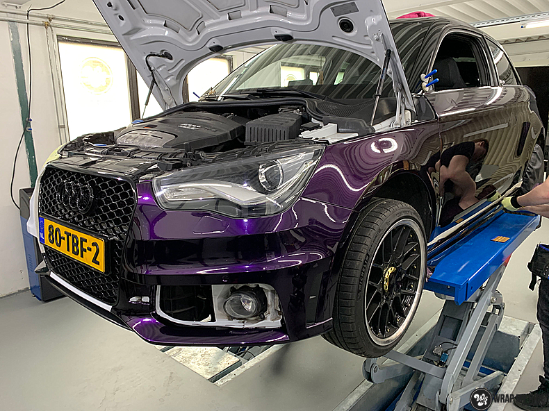 Audi A1 inozotec midnight purple, Carwrapping door Wrapmyride.nu Foto-nr:13721, ©2021