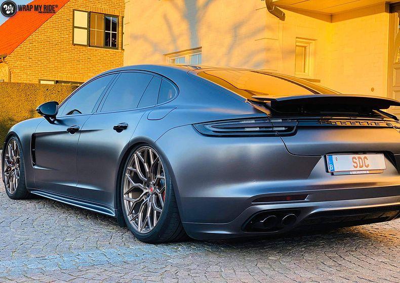 Porsche Panamera 4S satin dark grey, Carwrapping door Wrapmyride.nu Foto-nr:13301, ©2021