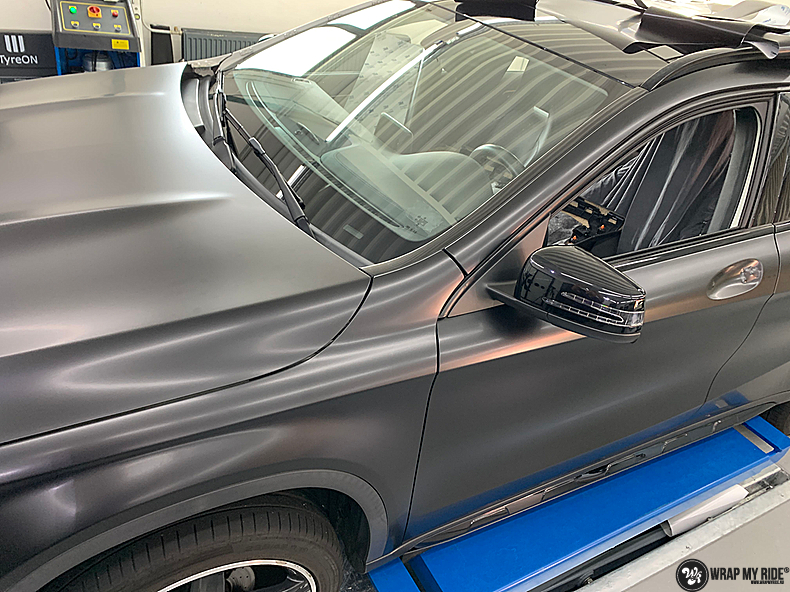 mercedes GLA Satin Black, Carwrapping door Wrapmyride.nu Foto-nr:13350, ©2021