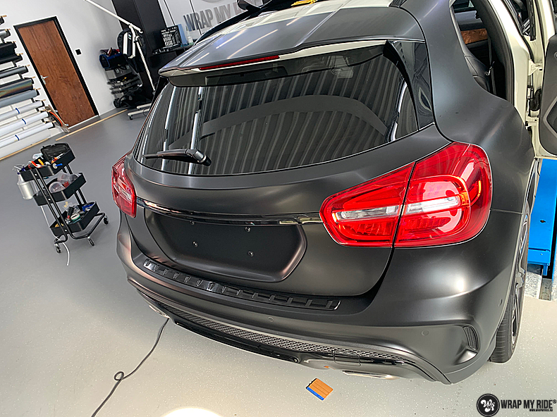 mercedes GLA Satin Black, Carwrapping door Wrapmyride.nu Foto-nr:13344, ©2021