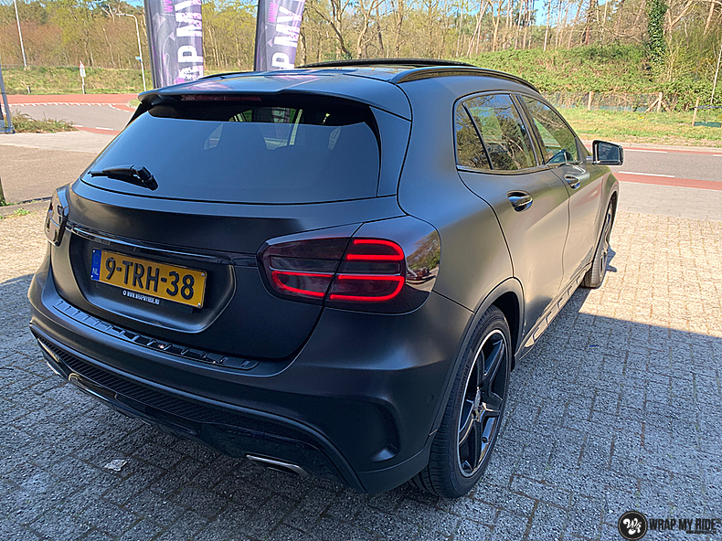 mercedes GLA Satin Black, Carwrapping door Wrapmyride.nu Foto-nr:13338, ©2021