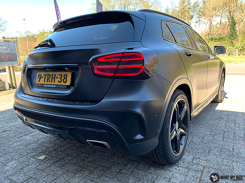 mercedes GLA Satin Black, Carwrapping door Wrapmyride.nu Foto-nr:13327, ©2021