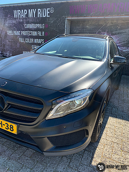 mercedes GLA Satin Black, Carwrapping door Wrapmyride.nu Foto-nr:13324, ©2021