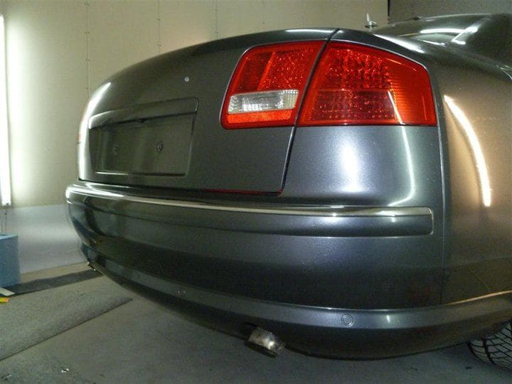 Audi A8 in Stijlvolle Zilvergrijze Wrap, Carwrapping door Wrapmyride.nu Foto-nr:4905, ©2021