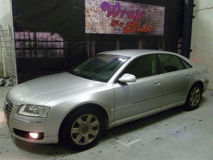 Audi A8 in Stijlvolle Zilvergrijze Wrap, Carwrapping door Wrapmyride.nu Foto-nr:4907, ©2021