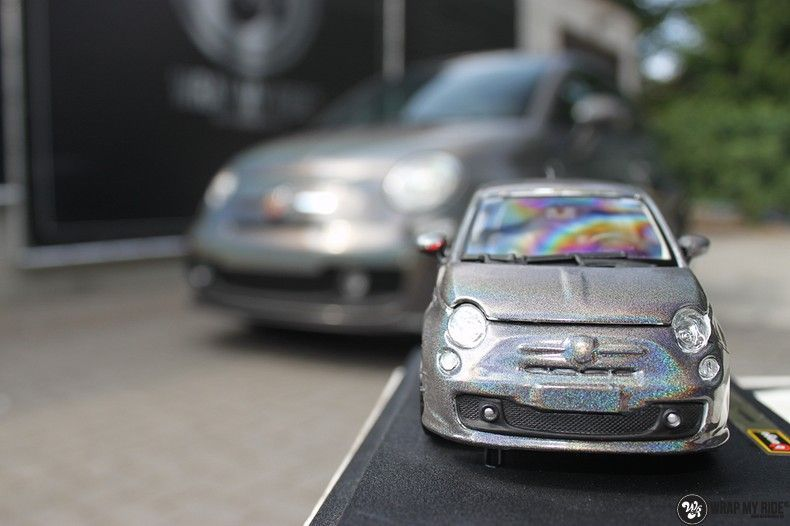 Fiat Abarth 3M gloss Psychedelic Flip, Carwrapping door Wrapmyride.nu Foto-nr:11669, ©2021