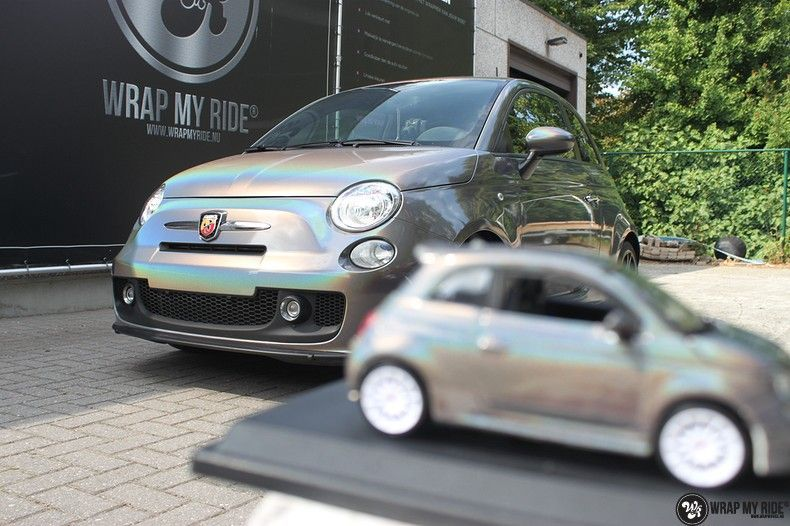 Fiat Abarth 3M gloss Psychedelic Flip, Carwrapping door Wrapmyride.nu Foto-nr:11667, ©2021