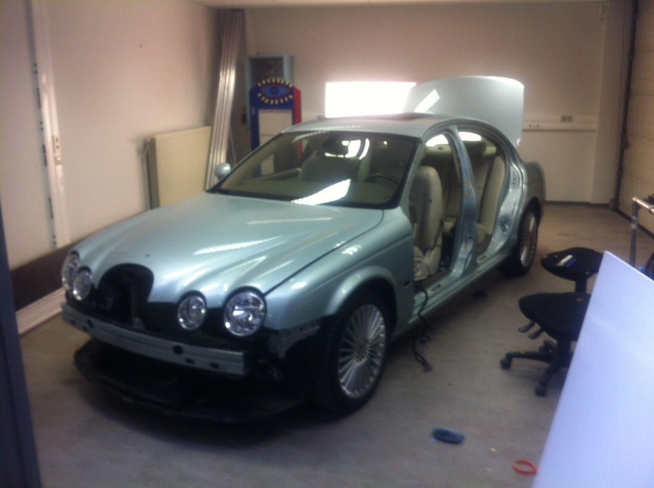 Jaguar S-type met Zwarte Metallic Wrap, Carwrapping door Wrapmyride.nu Foto-nr:5902, ©2021