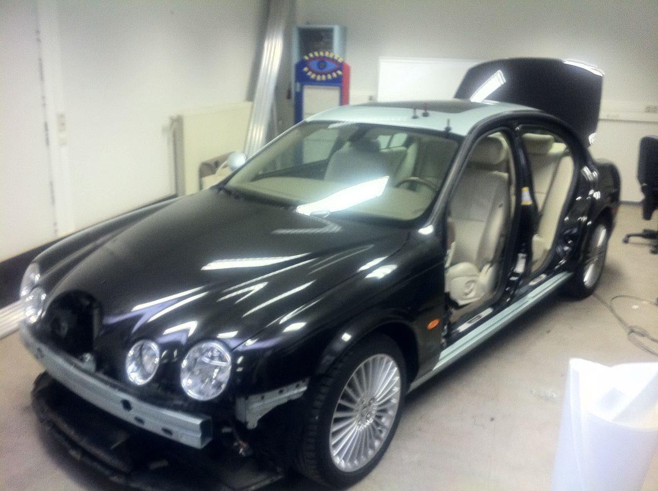 Jaguar S-type met Zwarte Metallic Wrap, Carwrapping door Wrapmyride.nu Foto-nr:5905, ©2021