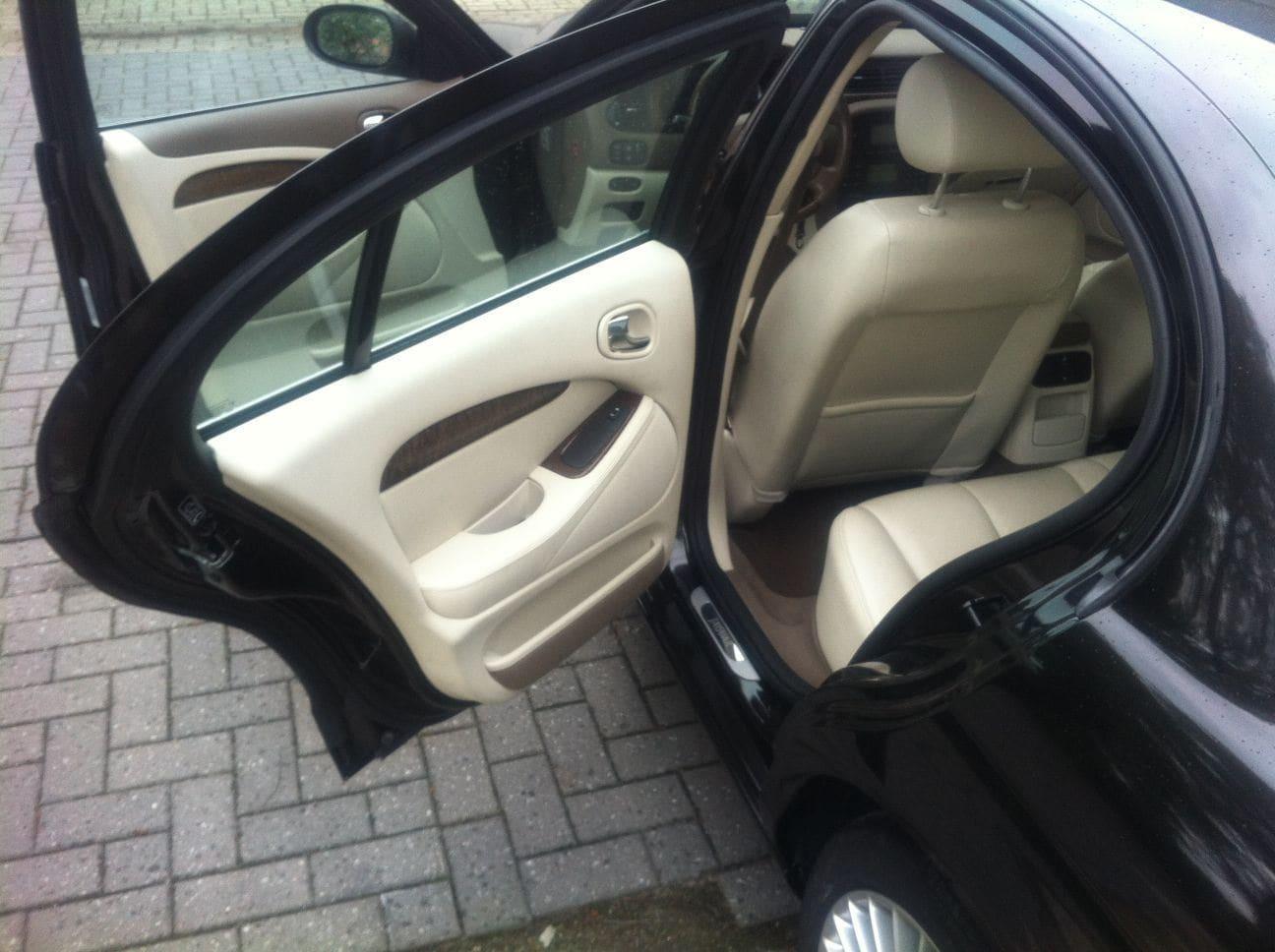 Jaguar S-type met Zwarte Metallic Wrap, Carwrapping door Wrapmyride.nu Foto-nr:5908, ©2021