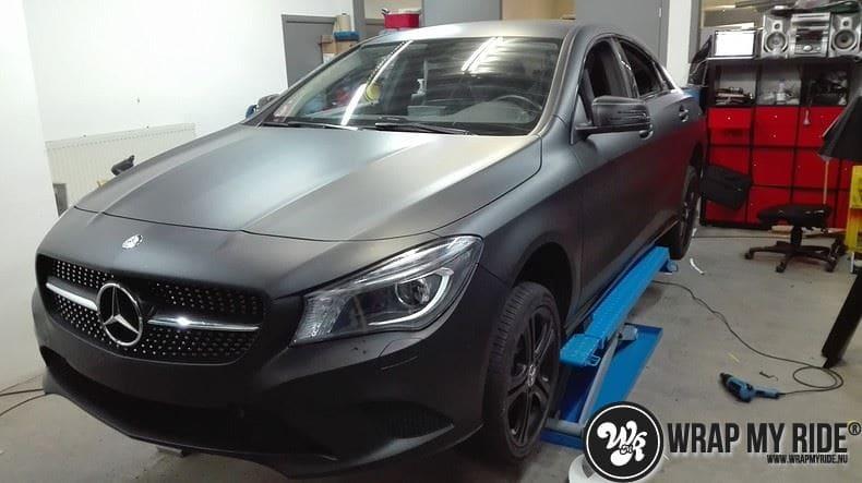MB CLA mat zwart, Carwrapping door Wrapmyride.nu Foto-nr:8056, ©2021