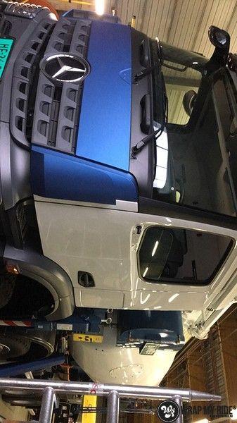 Mercedes Actros Avery Matte Metallic Bleu, Carwrapping door Wrapmyride.nu Foto-nr:11043, ©2021