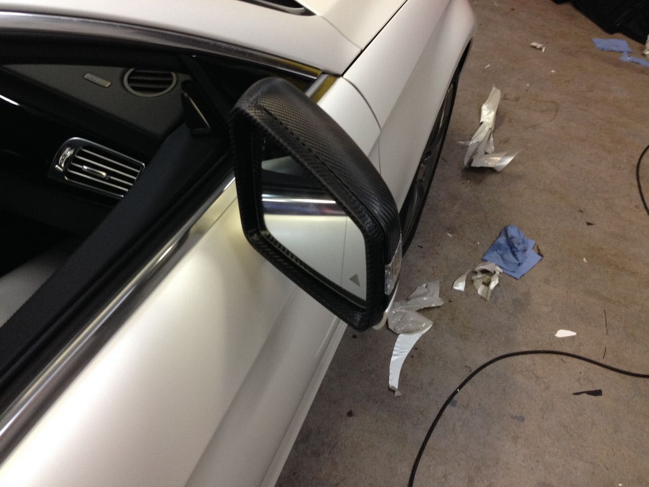 Mercedes CLS met White Satin Pearl Wrap, Carwrapping door Wrapmyride.nu Foto-nr:6187, ©2021