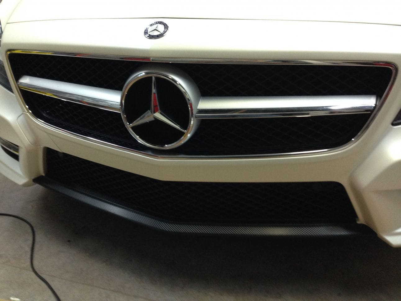 Mercedes CLS met White Satin Pearl Wrap, Carwrapping door Wrapmyride.nu Foto-nr:6196, ©2021
