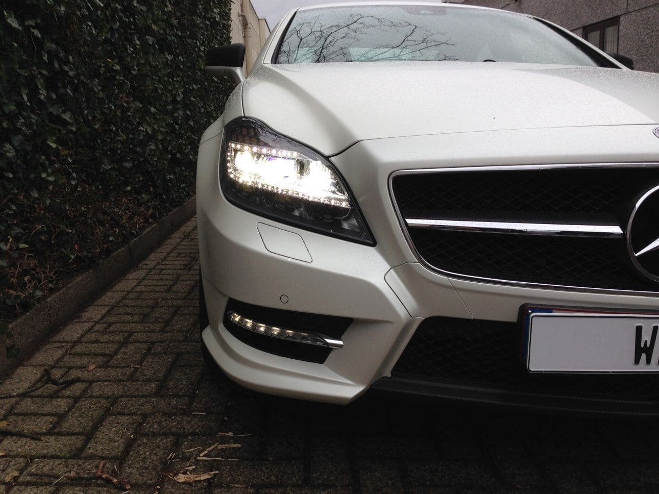 Mercedes CLS met White Satin Pearl Wrap, Carwrapping door Wrapmyride.nu Foto-nr:6204, ©2021