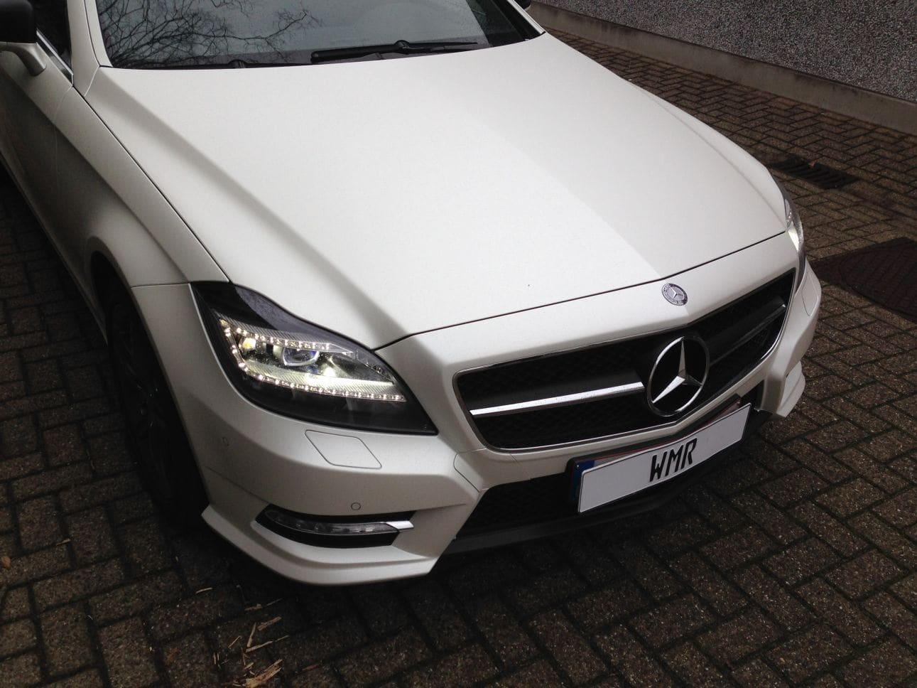 Mercedes CLS met White Satin Pearl Wrap, Carwrapping door Wrapmyride.nu Foto-nr:6205, ©2021