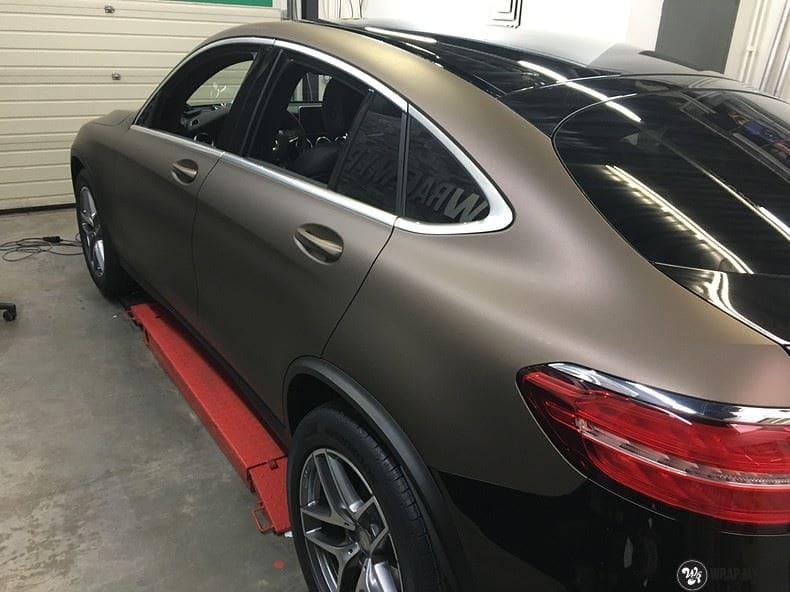 Mercedes GLC matte metallic brown, Carwrapping door Wrapmyride.nu Foto-nr:9567, ©2021