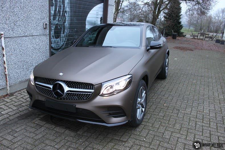 Mercedes GLC matte metallic brown, Carwrapping door Wrapmyride.nu Foto-nr:9531, ©2021