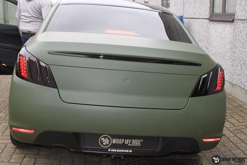 Peugeot 508 3m matte military green, Carwrapping door Wrapmyride.nu Foto-nr:11373, ©2021
