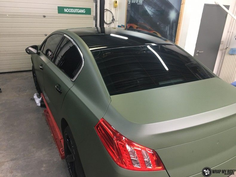 Peugeot 508 3m matte military green, Carwrapping door Wrapmyride.nu Foto-nr:11398, ©2021