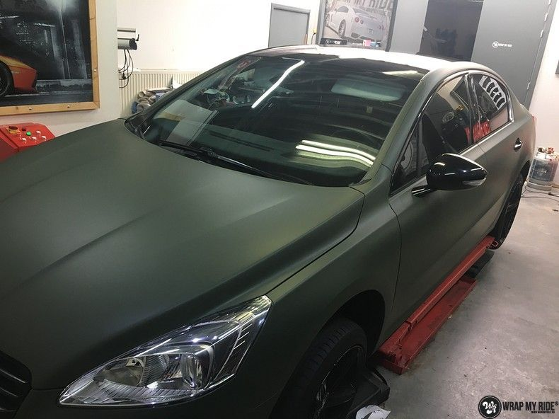 Peugeot 508 3m matte military green, Carwrapping door Wrapmyride.nu Foto-nr:11396, ©2021