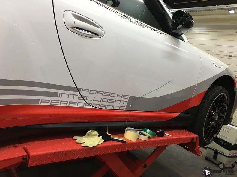 Porsche 911 RSR look, Carwrapping door Wrapmyride.nu Foto-nr:9802, ©2021