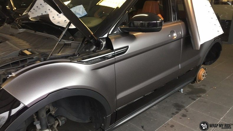 Range Rover Evoque Satin Dark Grey, Carwrapping door Wrapmyride.nu Foto-nr:11041, ©2021