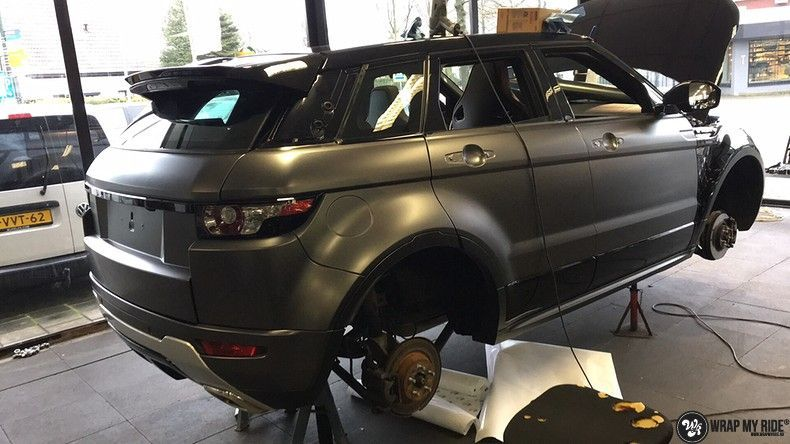 Range Rover Evoque Satin Dark Grey, Carwrapping door Wrapmyride.nu Foto-nr:11035, ©2021