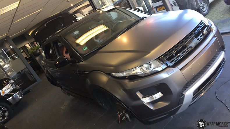 Range Rover Evoque Satin Dark Grey, Carwrapping door Wrapmyride.nu Foto-nr:11034, ©2021