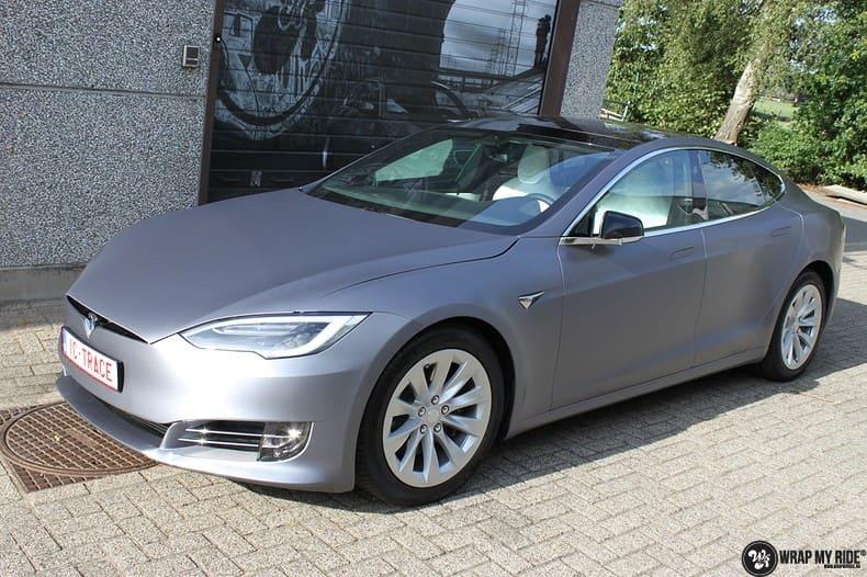Tesla Model S brushed steel, Carwrapping door Wrapmyride.nu Foto-nr:9951, ©2021