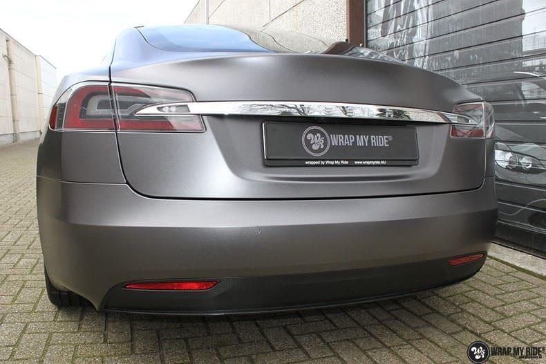 Tesla Model S Satin Dark Grey, Carwrapping door Wrapmyride.nu Foto-nr:9588, ©2021