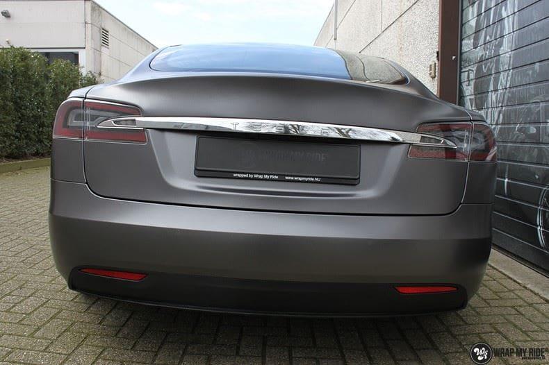 Tesla Model S Satin Dark Grey, Carwrapping door Wrapmyride.nu Foto-nr:9586, ©2021