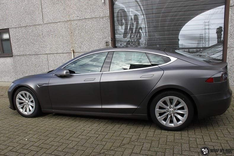 Tesla Model S Satin Dark Grey, Carwrapping door Wrapmyride.nu Foto-nr:9583, ©2021