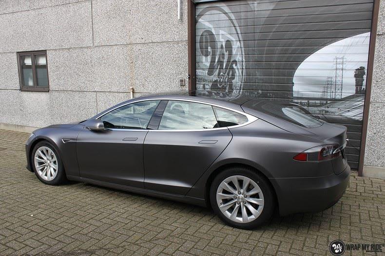 Tesla Model S Satin Dark Grey, Carwrapping door Wrapmyride.nu Foto-nr:9582, ©2021
